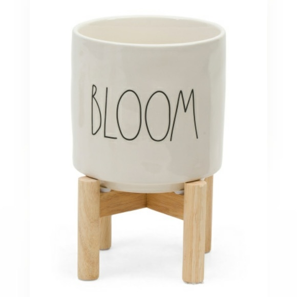 Rae Dunn bloom planter with stand new without tags